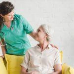 Passer d'infirmier salarié à profession libérale